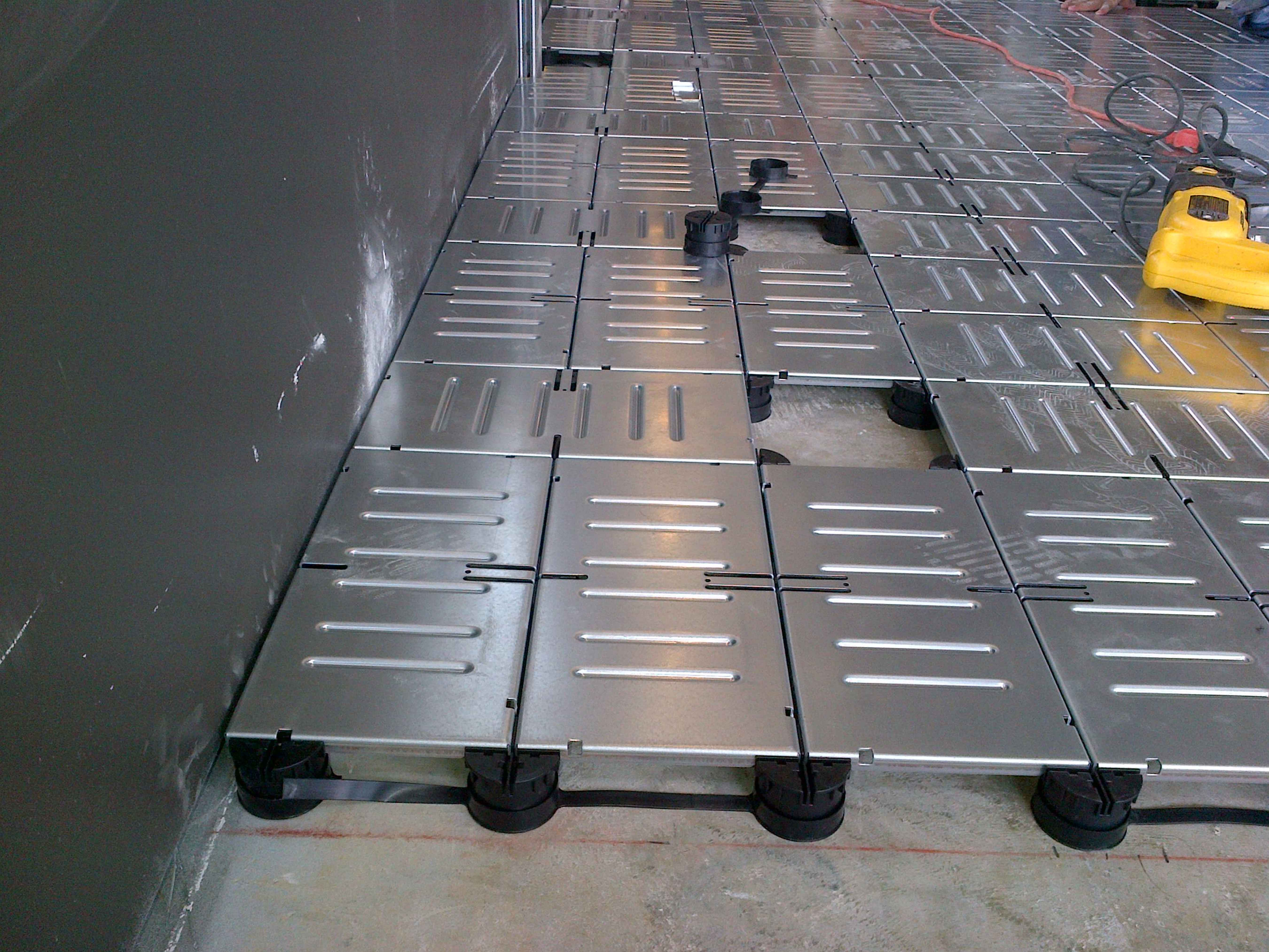 Asm modular systems and selectech 39 s staticstop esd for Modular wood flooring