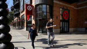 ct-target-opens-in-lincoln-park-photos-20160719