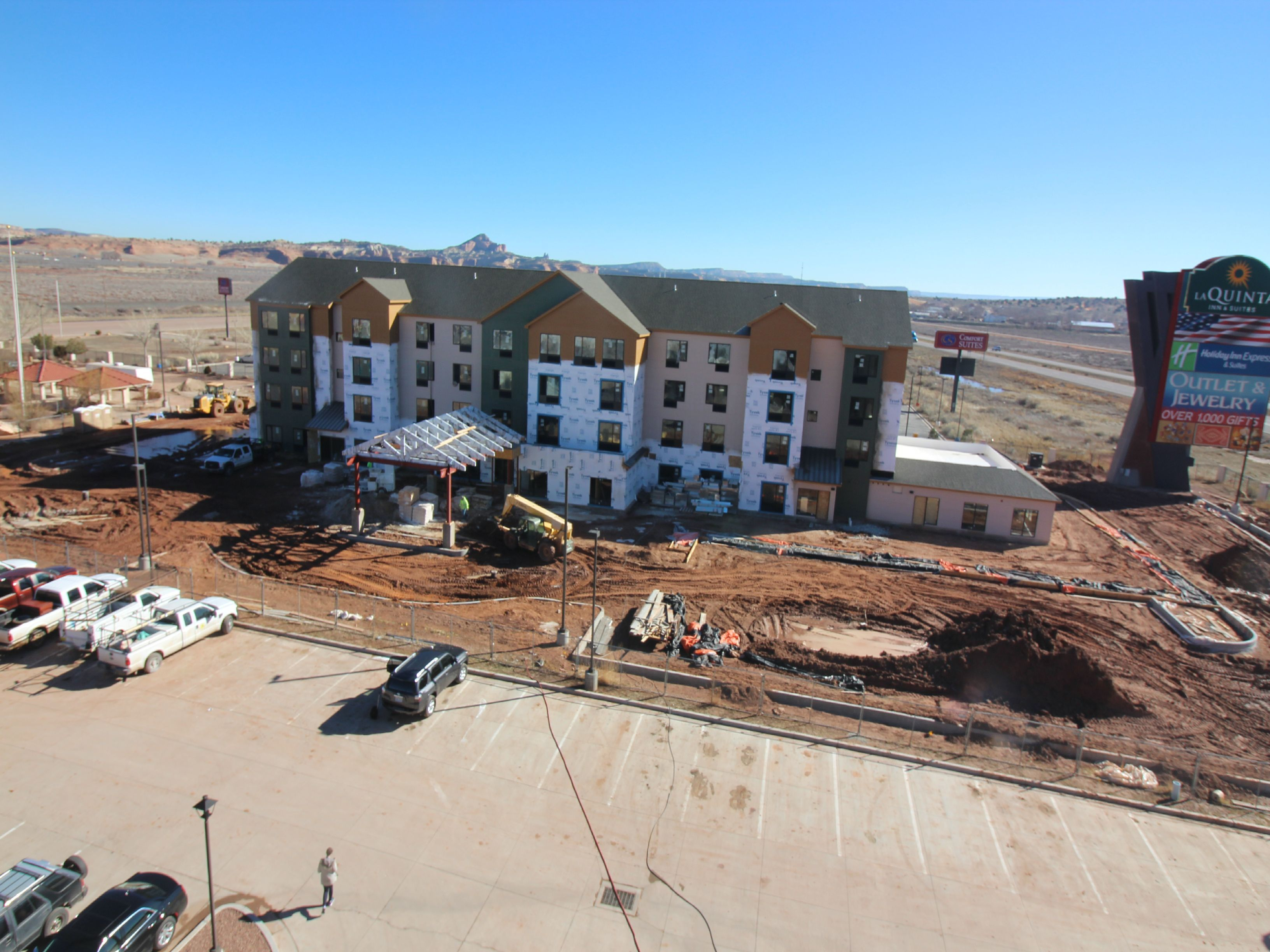 How construction cameras are clicking with hotel builder
