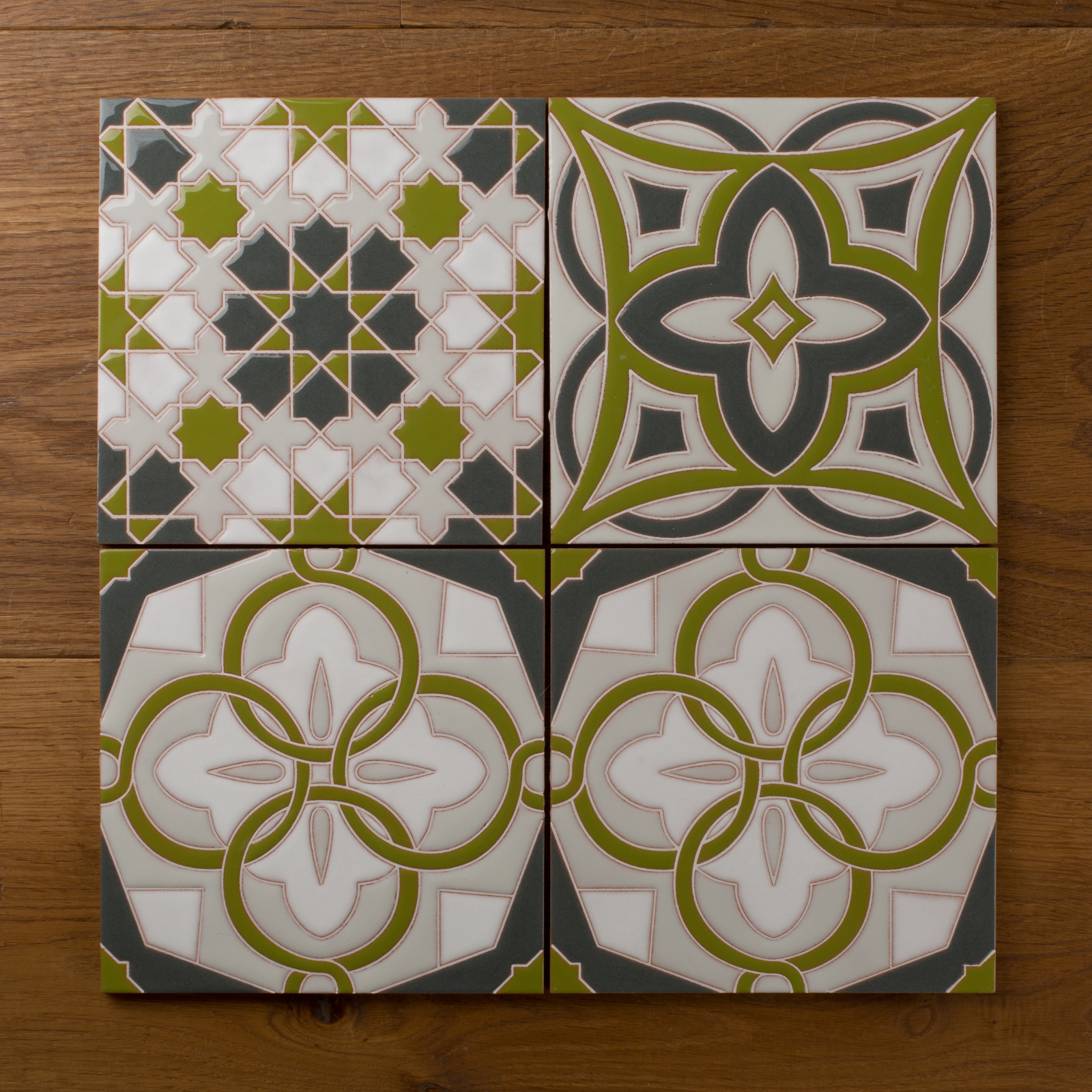Fireclay Tile Known For Its Range Of Handmade Gl And Ceramic Tiles Has Expanded Online Design Experience To Allow Custom Handpainted